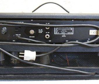 Ampeg V-4B